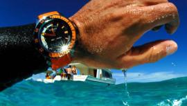 Laikrodis po didinamuoju stiklu: hermetiškumas ir atsparumas vandeniui